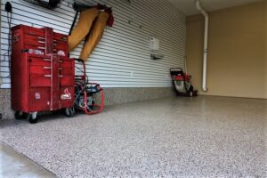 garage-epoxy-floor-with-vacuum